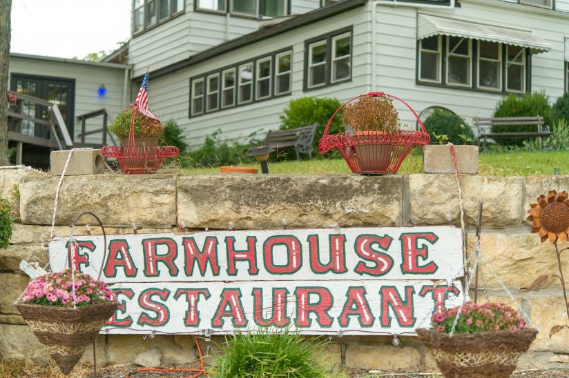 Mr K's Farmhouse - Abilene, KS