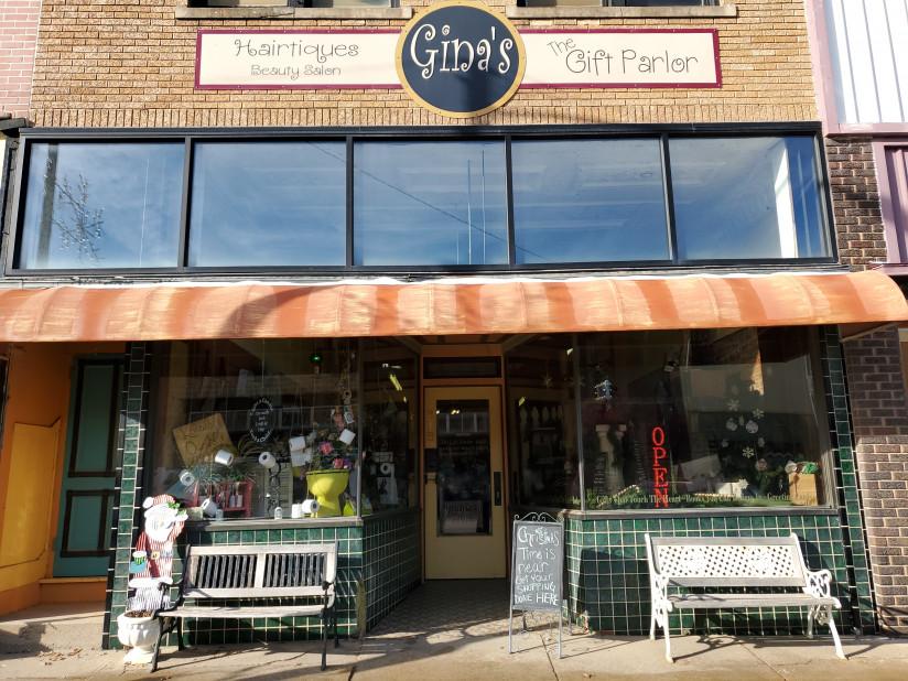 Ginas-Abilene,KS