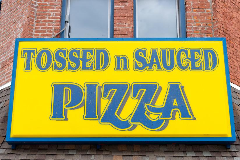 Tossed-n-Sauced-Pizza-Abilene,KS