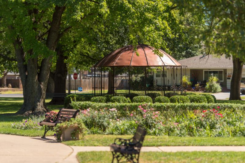 Eisenhower Park Rose Garden Visit Abilene Kansas