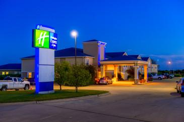 Holiday Inn Express - Abilene, Kansas