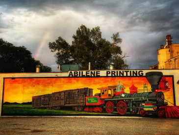 Train-Mural-Abilene,KS