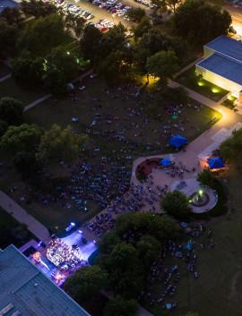 symphony_at_sunset_2018_crowd-Eisenhower-Presidential-Library-Abilene,KS